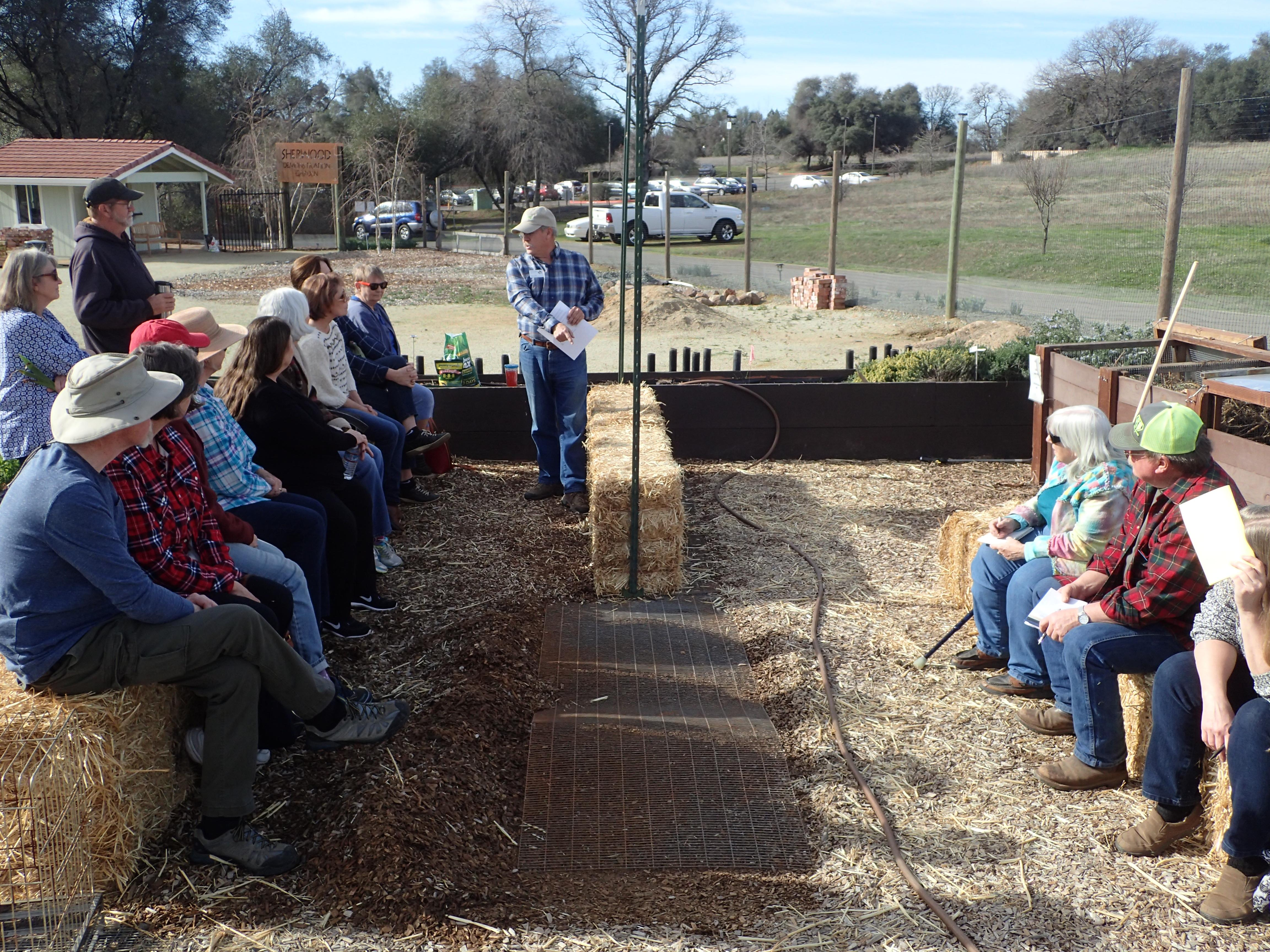 2-10-2018, First public class 'Straw Bale Gardening - Part 1'. How to get started.